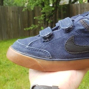 Blue Nike shoes toddler size
